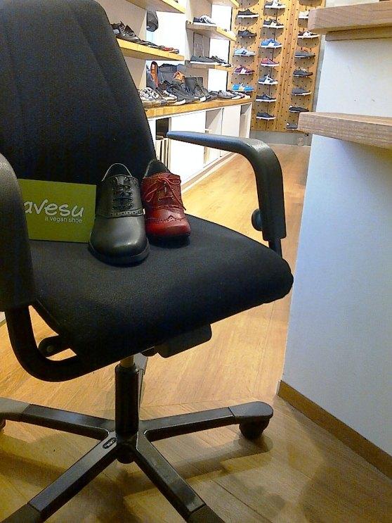 Kundenreferenz Avesu mit Bürostuhl von Greenoffice